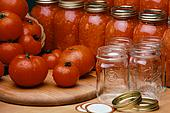 Соленые помидоры в банках – кулинарный рецепт